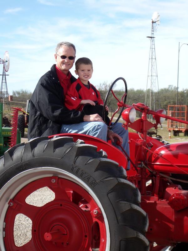 Spata Tractor Club
